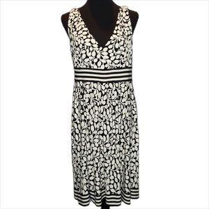 Maggy London Dress.       D037